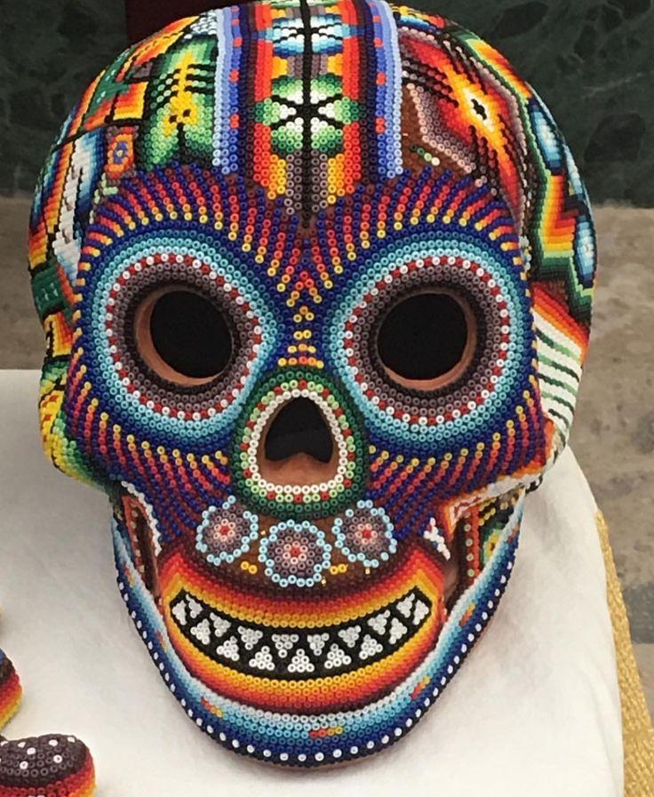 Calaca arte Huichol,Mexico