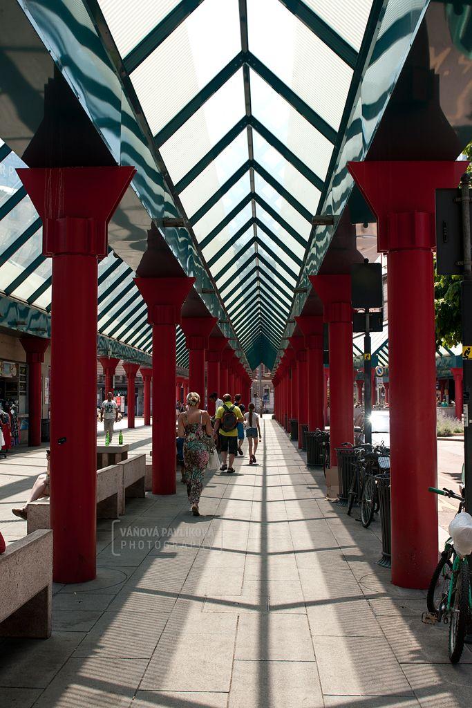 Piazzale Cadorna - Triennale (Milano, Italy) #Milano #milan #Italy #station