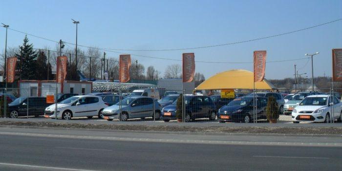 W-Autó Használtautó Kereskedés -ünk célkitűzése: a lehető legmagasabb színvonalon, a térség legnagyobb, minőségi használt gépjármű kereskedése legyen.