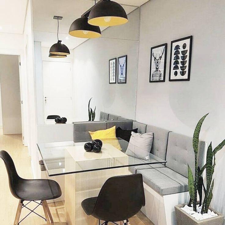 Oi reformeiros, boa noite!! Esse é o estilo de mesa de jantar que decidi para a minha sala!!! Quem tiver imagens desses modelos me marquem ou envie por direct por favorzinho!! ♥️♥️ . . . . . . . . . . . #cantoalemao #saladejantar #decoracao #reforma #inspiracao #decoracaodecasa #apartamento