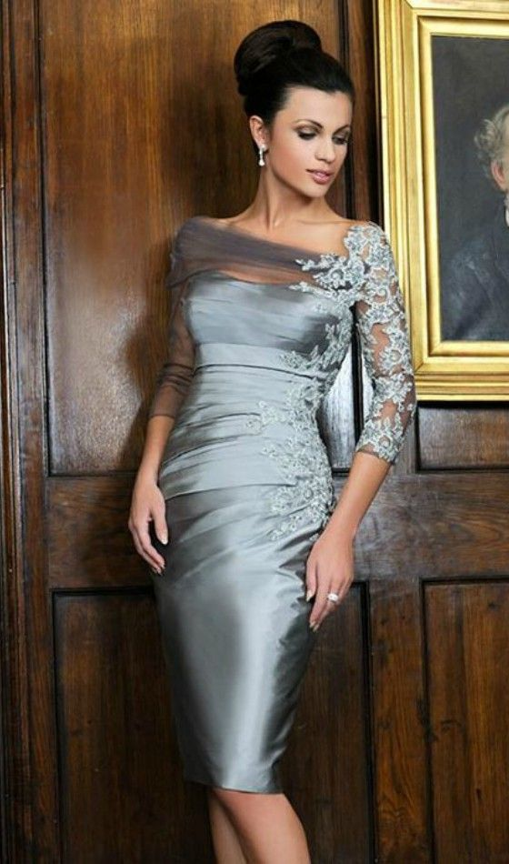 Sheath Scoop Neck Knee-length Satin Mother of the Bride dresses With Appliques Lace