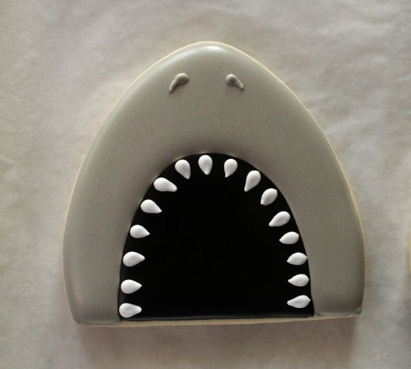 LOVE these shark mouth cookies from Sweet Sugar Belle