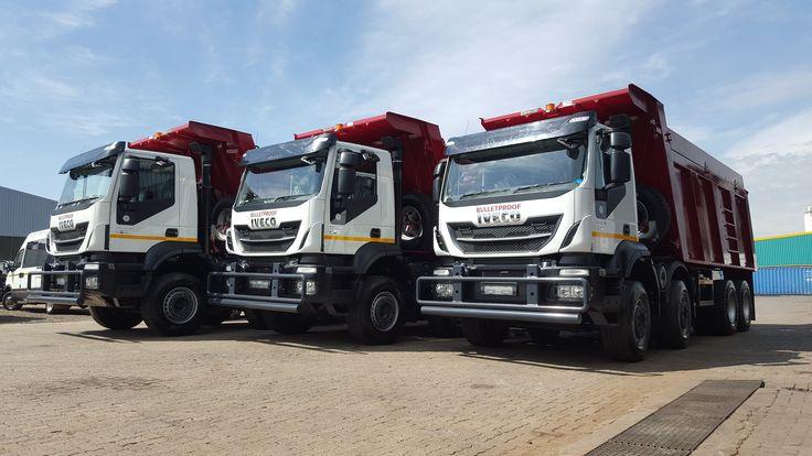 Camiones iveco trakker con volteo trucks tipper lorry