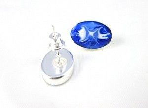 Cercei din argint 925 pictati manual cu email (uscare la rece) albastru, alb. Silver hand painted earrings. #jewelry #silver #cercei #argint #bijuterii #roxoboutique