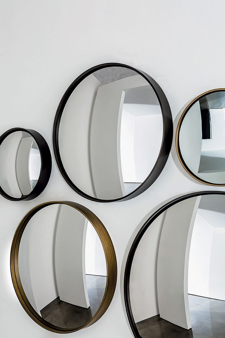 Sail #mirror A collection of concave and convex mirror which creates beautiful effect in your #interior #design #sovetitalia #Lievore #Altherr #Molina