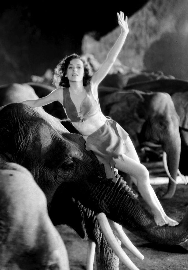 "Maureen O'Sullivan as Jane Porter in ""Tarzan and His Mate""== The heroic icon Tarzan and the future mother of Mia Farrow...the shout heard in all cinema...and boy....."