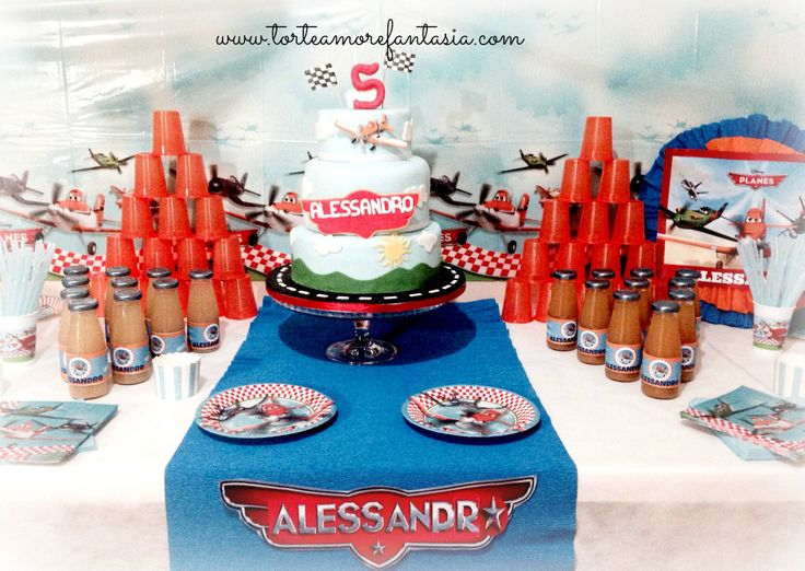 #Disney #Planes #Party #Personalizzati #Baby #cake www.torteamorefantasia.com