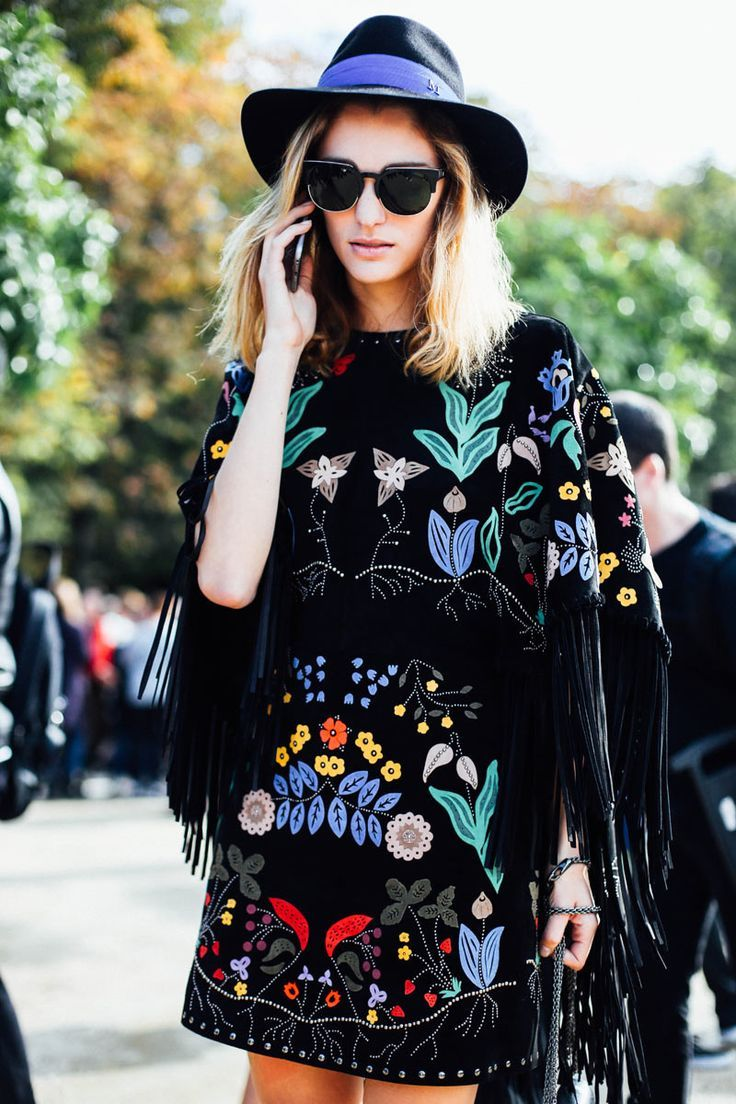 Pretty embroidery! Love this contrast of colour on the black