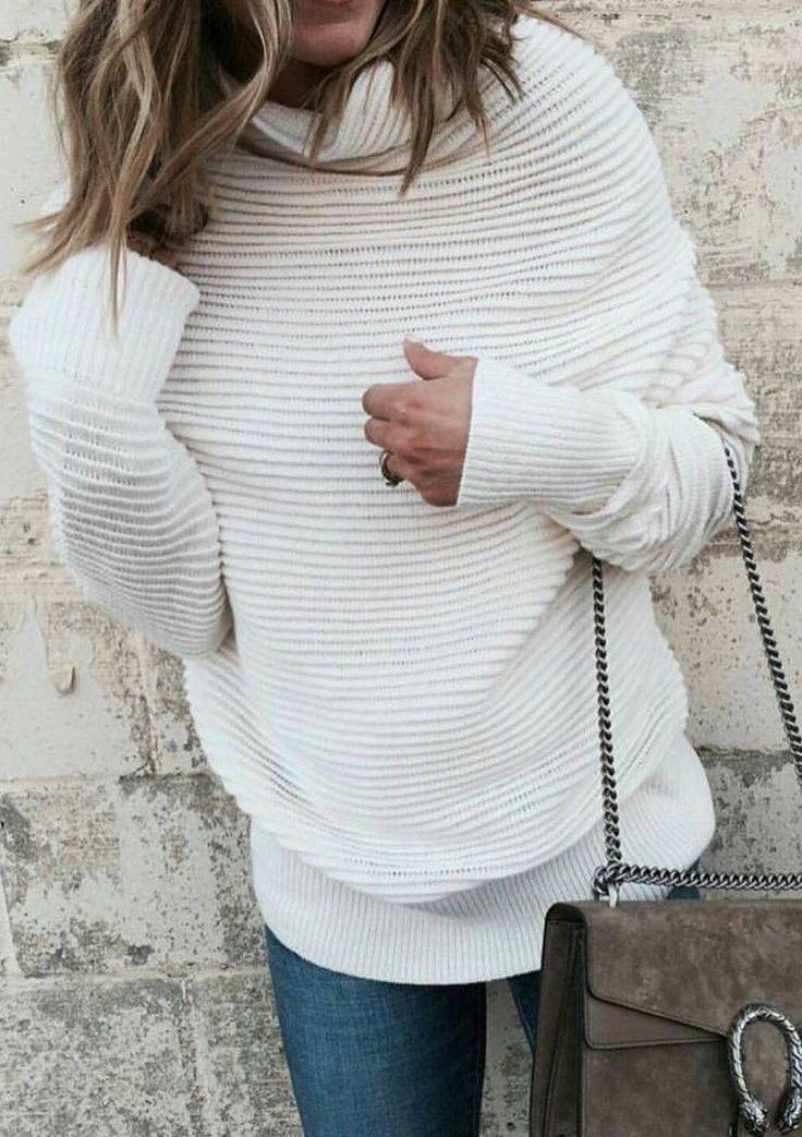 #winter #fashion /  White Turtleneck + Suede Clutch