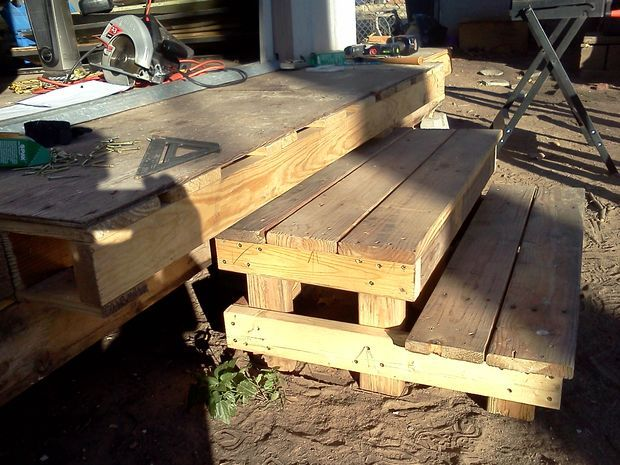 http://www.replacementtrailerparts.com/prefaboutdoorsteps.php has some useful info on the different types of portable or prefab steps available for the various types of trailers.