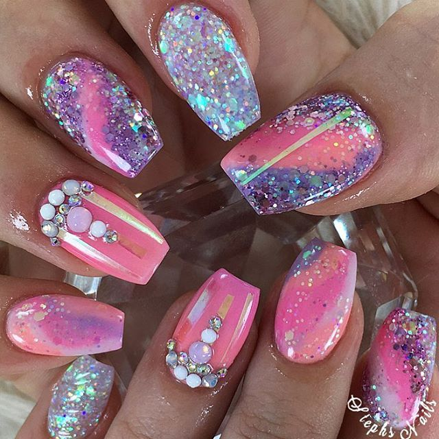 """738 Likes, 8 Comments - Stephanie Loesch (@_stephsnails_) on Instagram: """"Springs is in the air  @glamandglitsnails pink {orchid} coral {sunset paradise} and purple…"""""""