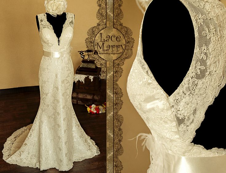 I love this dress :)    Breathtaking+Keyhole+Back+Vintage+Style+Lace+Wedding+by+LaceMarry,+$332.00