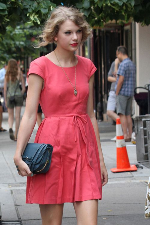 61 Best Dresses Images On Pinterest Taylor Swift Fashion Taylor Swift Pictures And Taylor
