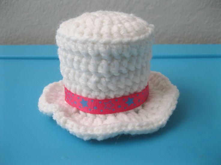 WHITE HAT !!!