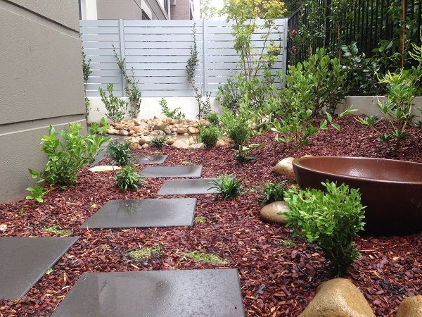 Small Courtyard Garden Design North Shore Sydney Lindfield on the North Shore Sydney – Small courtyard garden design incorporating a water feature with a small waterfall and pond. Japanese style garden design including dark charcoal pavers and stepping stones, Japanese … Continue reading →