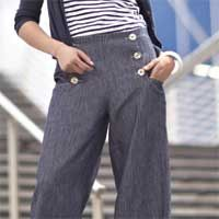 Easily add a nautical touch to your everyday look by stitching the crisp and stylish sailor pants. Download the free step-by-step instructions to alter your favorite basic pant pattern and add custom hand-stitched details.