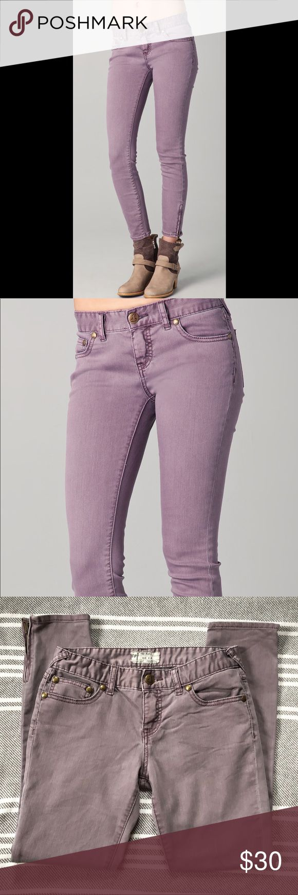 Free People The Colored Skinny Jeans Free People The Colored Skinny Jeans Light Purple Size 26 Excellent condition! These are a little more purple in person. See pictures for measurements. Free People Pants Skinny
