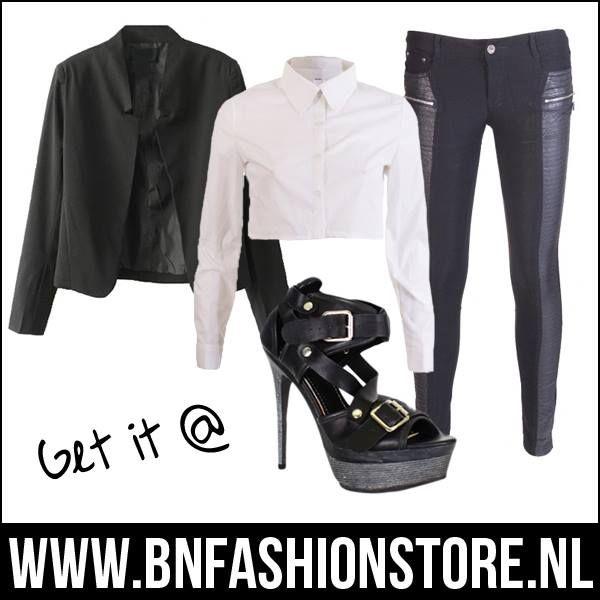 #Sexy in #Style..   Blazer: www.bnfashionstore.nl/zwarte-blazer-black Blouse: www.bnfashionstore.nl/witte-crop-blouse-lange-mouwen Broek: www.bnfashionstore.nl/zwarte-best-emilie-broek-leather Heels: www.bnfashionstore.nl/black-strappy-heels-open  #shop #dutch #dutchbloggers #blogger #blog #streetwear #sexyclothing #kleding #outfit #killerheels