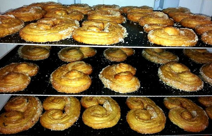 Palmier by Dionisis Alertas
