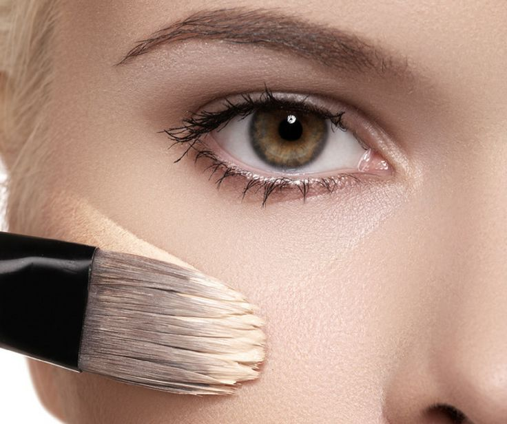 Mind Blowing Makeup Tips           Do you know how to get the perfect smokey eye? Or what is a primer? Do you know the difference between a BB & CC cream? How about how to cover up dark under eye circles and puffiness?     Most all of us struggle with different beauty issues, and with 1000's of beauty products  on the market, it's easy to become overwhelmed and buy the wrong makeup, wasting your time and money.   We have answers, solutions and tips from some of the top beauty experts in t...