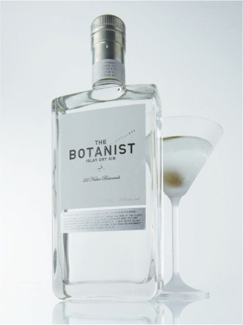 THE BOTANIST ISLAY DRY GIN. AHHH! SUMMER. HEAT. GT WITH A SMALL ICEBERG! THIS GIN FROM BRUICHLADDICH DISTILLERY, ISLAY, IS ELIXIR FOR LIFE.