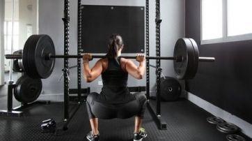 Mitos y realidades del levantamiento de pesas para mujeres