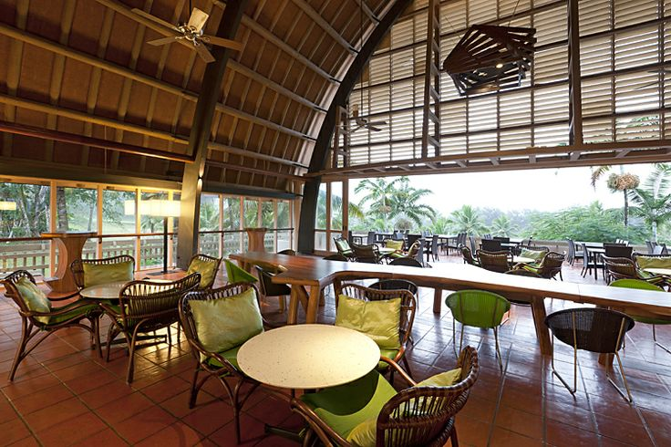 Take a break from the pool action and enjoy a quiet coffee or cocktail! #vanuatu  www.vanuatu.holidayinnresorts.com