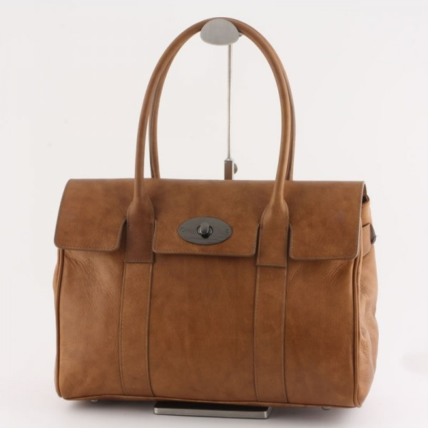 Beautiful lether shoulderbag