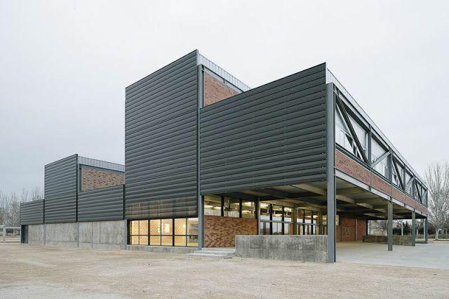 David Sebastian + Gerard Puig > Escuela de arte y diseño de Amposta | HIC Arquitectura
