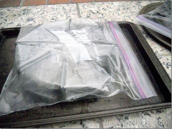 Coloca en una bolsa con amoniaco tus quemadores de estufa