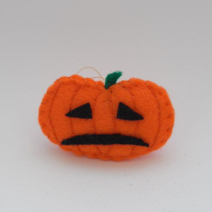 Sad pumpkin - halloween decor, felt pumpkin, halloween pumpkins, pumpkin ornaments, fall pumpkins - by HalloweenOrChristmas on Etsy
