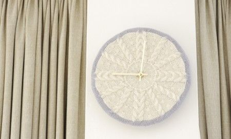 knitted_clock