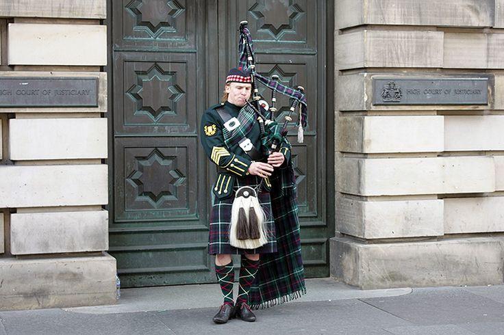 Волынщик, Эдинбург, Шотландия
