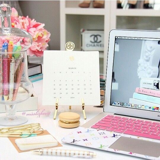 Beautiful and decorative desktop necessities! : )