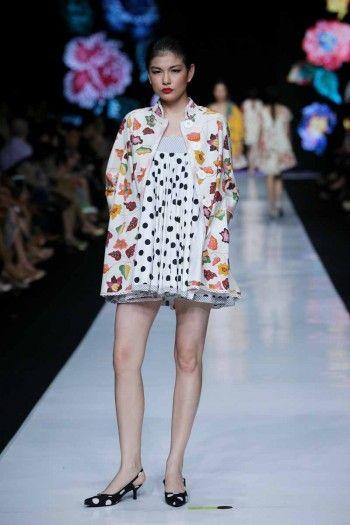 Jakarta Fashion Week 2014: Edward Hutabarat Part 1