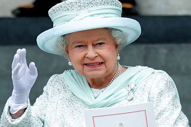 Ultah Ratu Elizabeth Ramai Bertabur Selebriti : Perayaan ulang tahun Ratu Elizabeth ke-90 pada Minggu (Senin WIB) akan menampilkan para bintang papan atas dari industri hiburan dan hampir 1.000 ekor kuda.