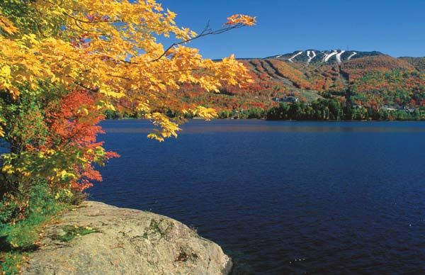 one of the most exceptional North American autumn tree color spots to enjoy.: The Laurentian Mountains in Quebec Canada