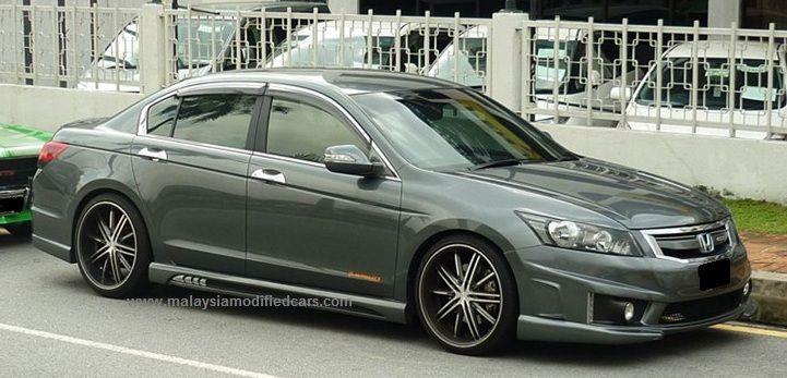 Modified Honda Accord Sedan (9th generation) with 19 inch 5 spokes ...