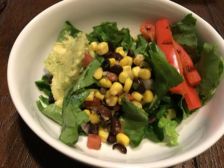 Admittedly very light dinner. But so good! Romaine lettuce corn & bean salsa guacamole and grilled red pepper. Cut my Qdoba craving for half the price and calories. Woot! #goodnutrition #physicalactivity #goodfood #vegetables #JuicePlus #healthymeal #healthyfood #healthy #health #exercise #eatclean