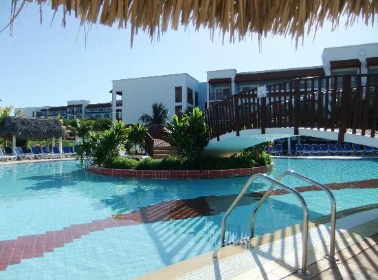 Memories Azul Beach Resort: pool