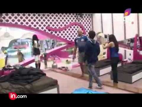Andrew symond entry- Episode 67   - Bigg Boss Season 5 - HD - geo-tv.net