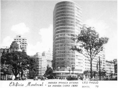 Edifício Montreal em um cartão postal