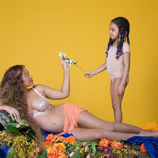 Beyoncé's Epic Pregnancy Shoot  - Beyoncé Shows Off Growing Baby Bump In This Epic Pregnancy Photoshoot
