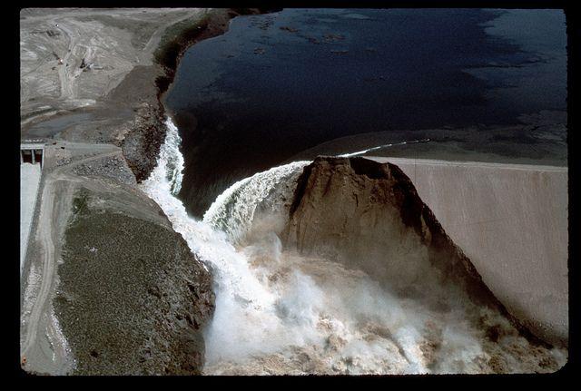Teton Dam Flood - Idaho  June 5, 1976 I remember this like it was yesterday!