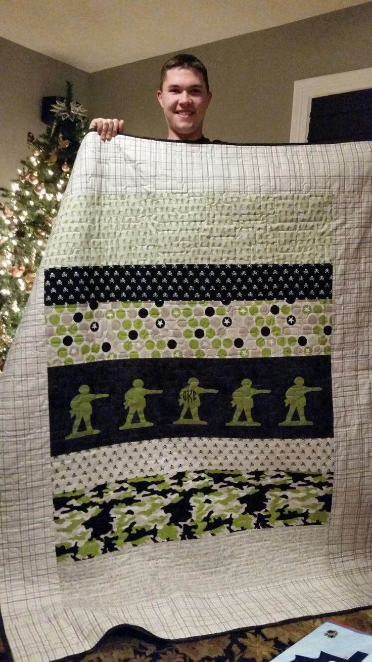 Gray's Army Quilt 2015