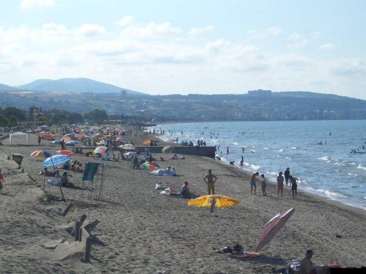 Black sea costal city 2005 summer Samsun / Turkey - http://turkey.mycityportal.net