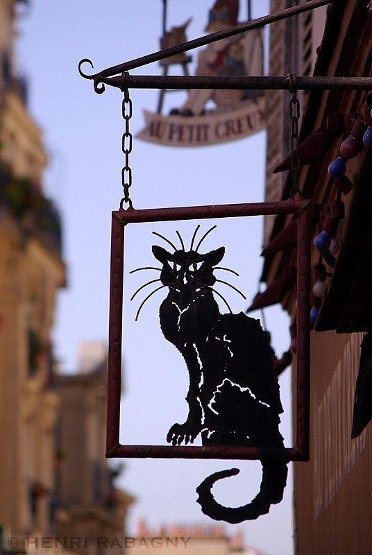 Le Chat Noir, symbole des cabarets montmartrois - Cityscape & Urban ...
