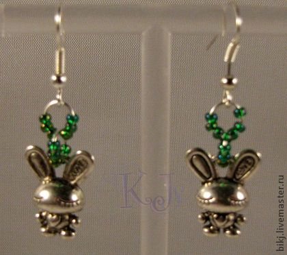 Handmade earrings. Beads and stones.
