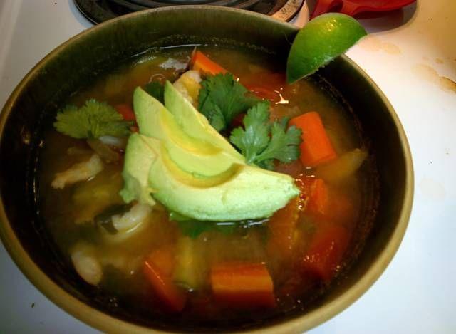 Mexican shrimp soup (Caldo de Camarón)