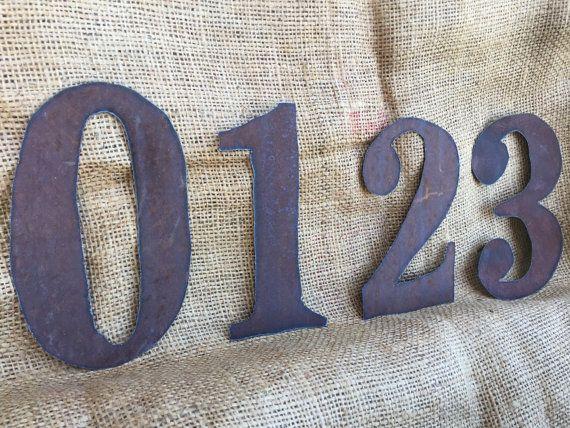 6 rusty tin numbers Flat rusty numbers 6 tin